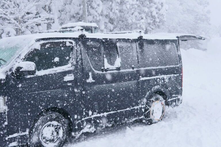 The featured image of 大寒波襲来!雪山に車で行く前に確認したいこと